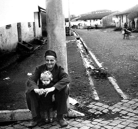 Луиджи Кроченци (Luigi Crocenzi) ‒ итальянский неореалист-фотограф