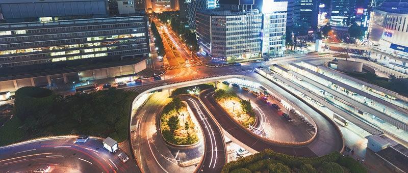 Кадр из проекта At the Conflux, снятого из окна ресторана в Токио. Настройки: F/5.6, 8', 16 мм
