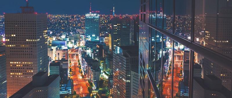 Кадр из проекта At the Conflux – съемка из лобби отеля в Токио. Настройки: F/3.5, 2.5', 35 мм