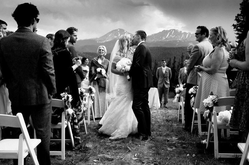 Почему на свадьбах так важны профессионалы