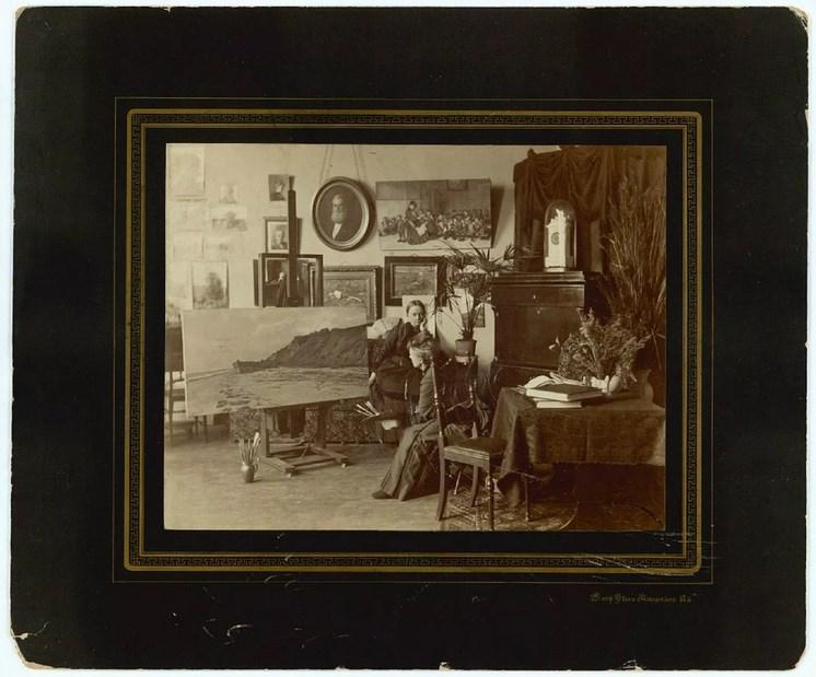 Мэри Стин известна фотографией в помещении