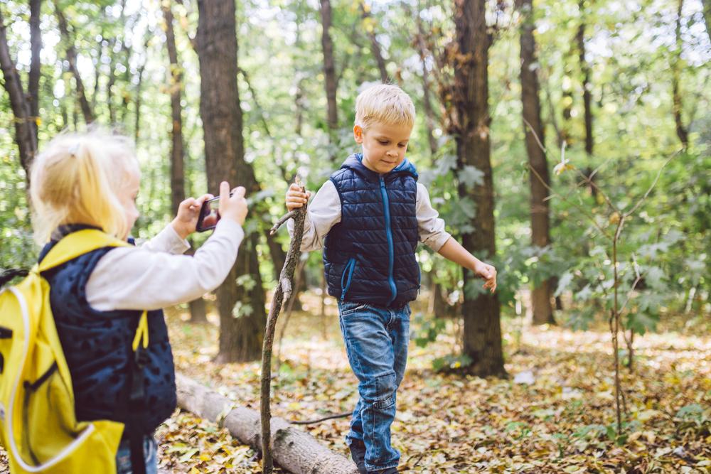 Как научить ребенка фотографировать