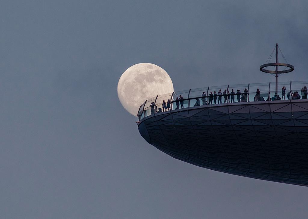 Как фотографировать Луну: композиция, экспозиция и фотооборудование