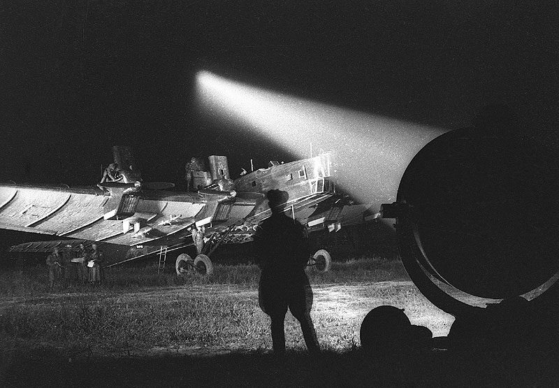 Фотоосветительная авиабомба как инструмент фотографа и «оружие массового поражения»