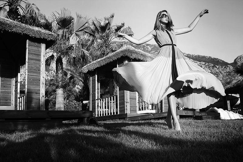 Светлана АБЗАЛОВА: «Работа модели начинается не с первого кадра, даже не с первого щелчка затвора, а со звонка, с письма, с предложения, с разговора».