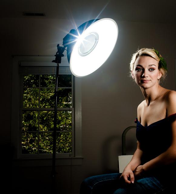 женские основной свет в фотографии которое