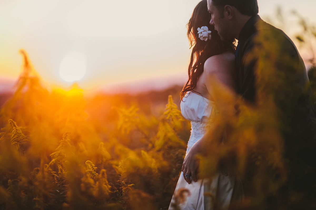034-beautiful-bride-and-groom-portrait-at-sunset