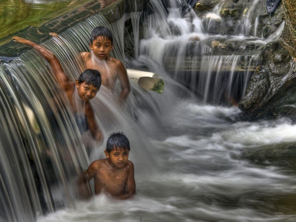 как размыть воду для художественности
