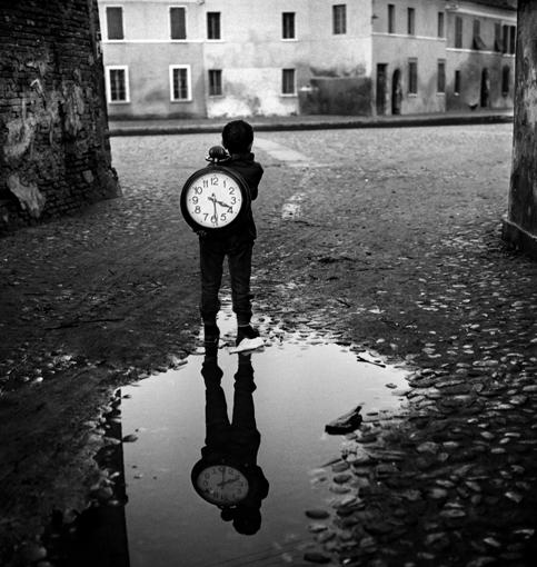 by Piergiorgio Branzi