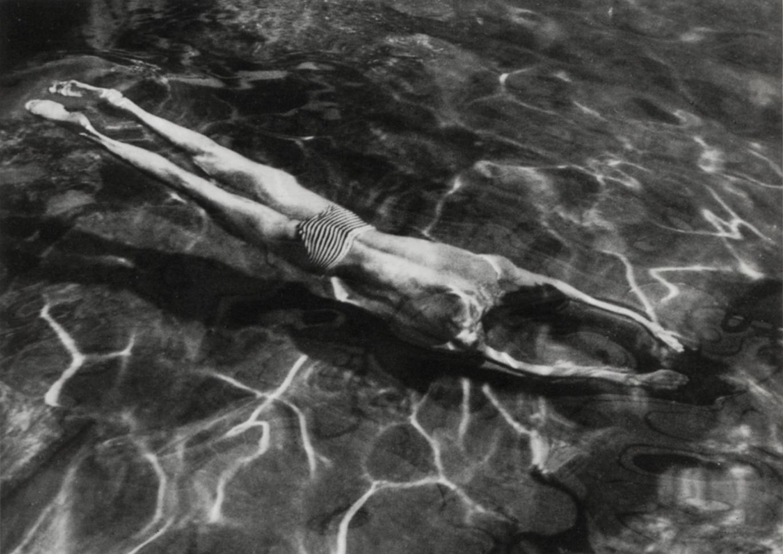 André Kertész «Ныряльщик»