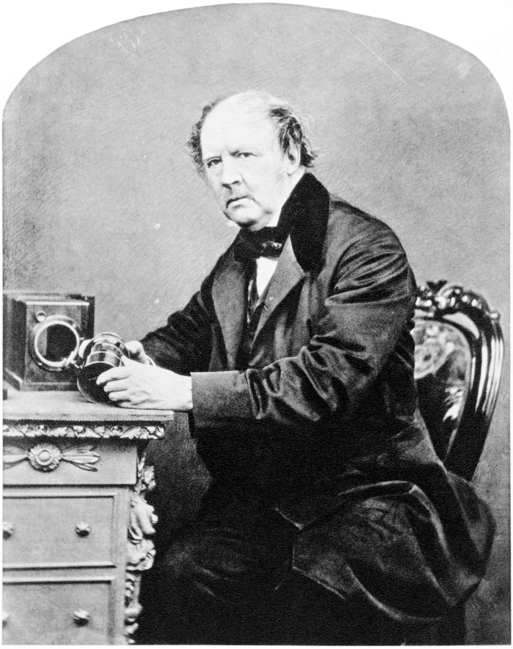 Уильям Генри Фокс Тальбот (англ. William Henry Fox Talbot; 31 января (11 февраля 1800) — 5 (17 сентября 1877) — английский физик и химик, один из изобретателей фотографии