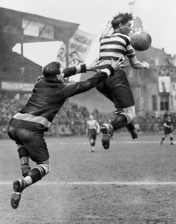 Martin Munkacsi фотографии футбольной серии