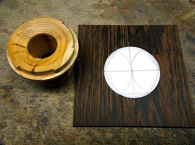 процесс изготовления объектива из дерева