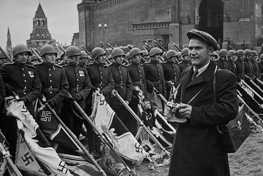 военные снимки Евгения Халдея