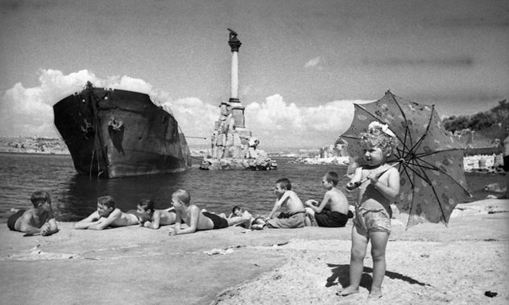 послевоенные снимки Евгения Халдея