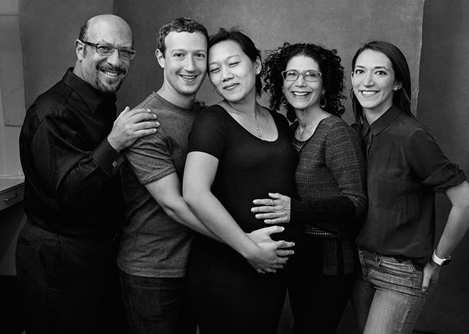 фото by Annie Leibovitz Марк Цукерберг с семьей