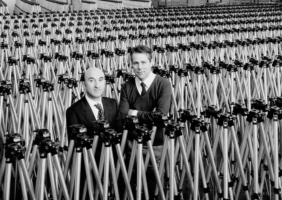 основатель компании Manfrotto (справа)