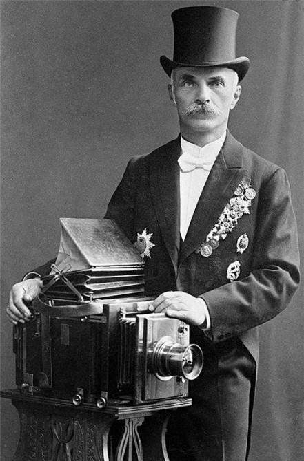 Карл Карлович Булла