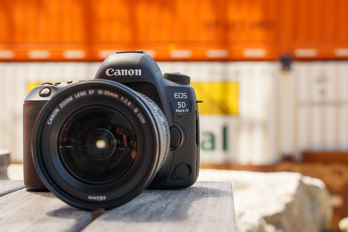 Canon EOS 5D Mark IV